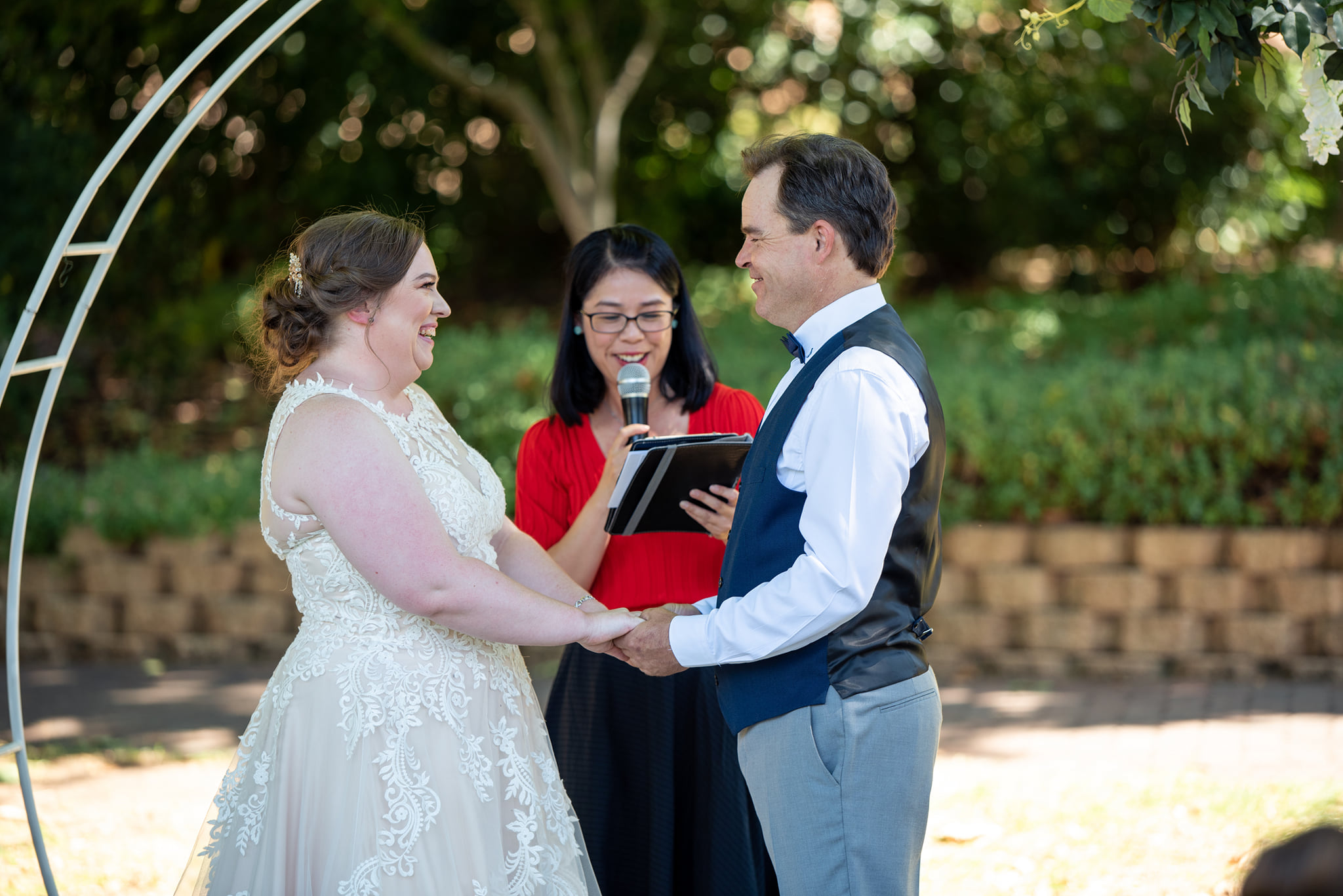 Nikki and Shane - Stockade Botanical Park